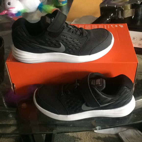 the latest bbef6 94a83 New nike lunarstelos kids running sneakers